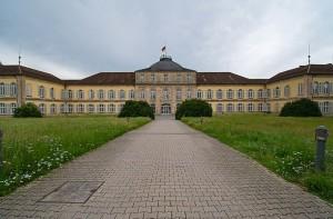 SchlossHohenheim_hinten.jpg